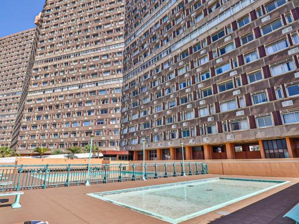 Amanzimtoti Property • Crisna van der Bank • RE/MAX Toti